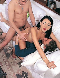 Hot Hardcore session ends in a creamy facial